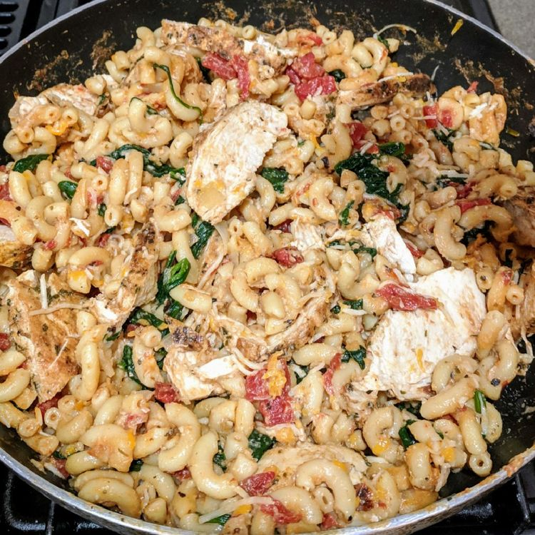 Tuscan Chicken Mac And Cheese (ONE POT, STOVE TOP