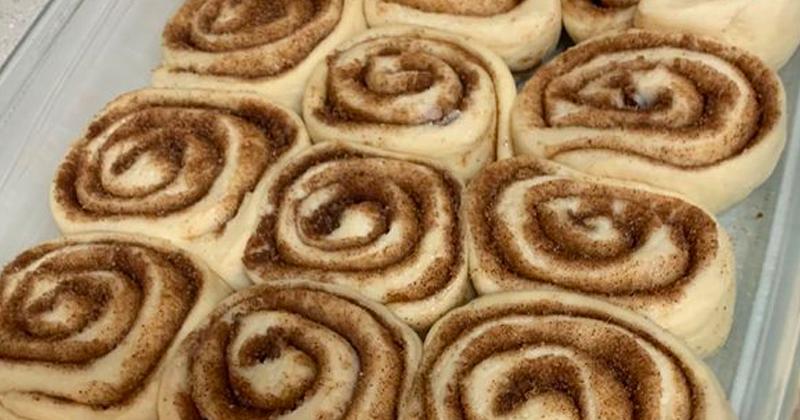 Easiest Ever Cinnamon Rolls